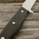 Kermode_fillet_knife_carbon_fiber